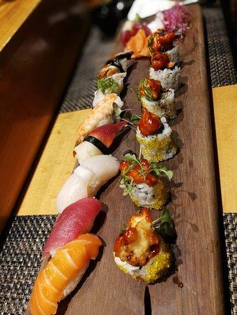 Sushi & Sashimi Deluxe