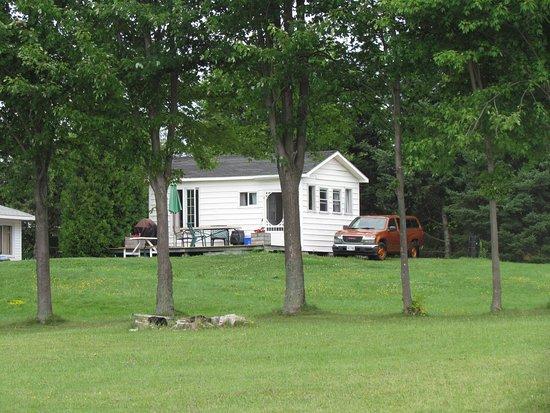 Iroquois, Canada: Luxury Cottage One Of Many (10)