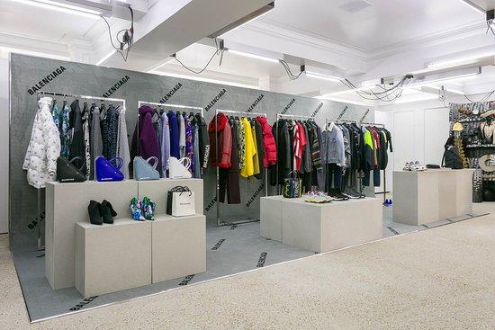 BALENCIAGA stores in London | SHOPenauer