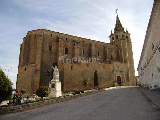 Villanueva de la Jara, Espanha: desde la entrada a el pueblo