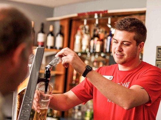 Barlborough, UK: Bar Lounge