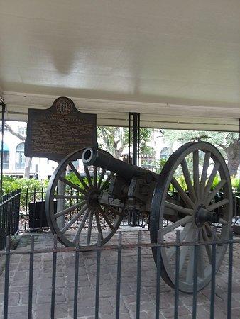 Savannah Historic District: 20180809_141759_large.jpg