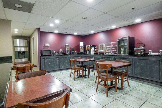 Brandon, Миссисипи: Breakfast Area