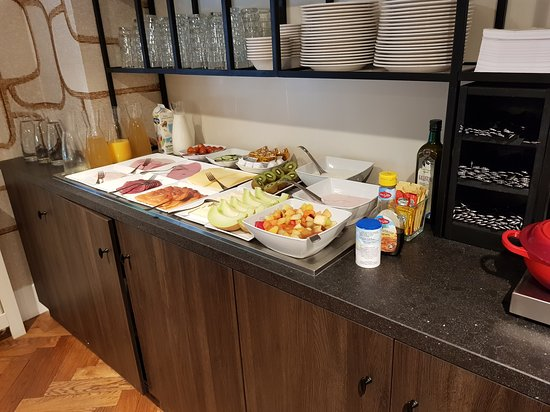 Best Western Delphi Hotel: Desayuno
