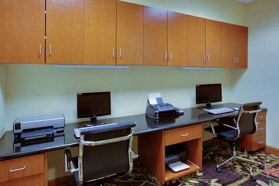 Emporia, VA: Business Center