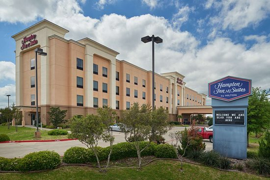 Hampton Inn & Suites Waco South