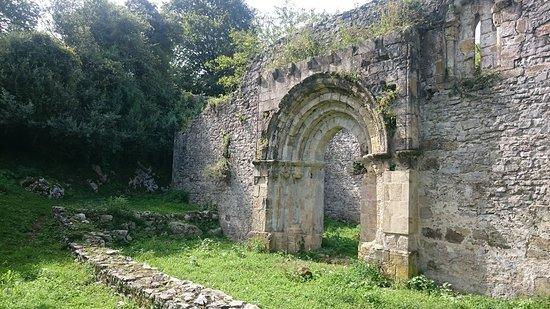 Alles, สเปน: Capilla de San Pedro de Plecin