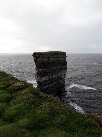 Ballycastle, Irlandia: 20180809_182218_large.jpg