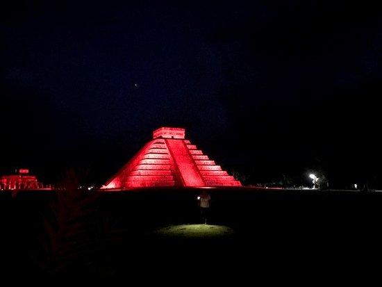 Chichen Itza Noche de Kukulkan