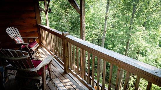 Valle Crucis, NC: Lazy Bear Lodge - Hummingbird room