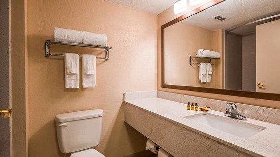 Колледж-Парк, Джорджия: Guest Bath