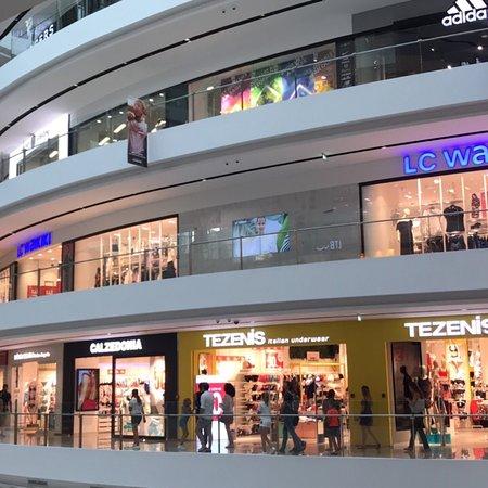 Toptani Shopping Center Φωτογραφία
