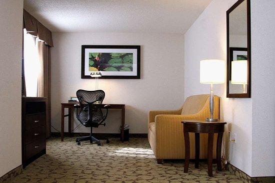 Hilton Garden Inn Kansas City