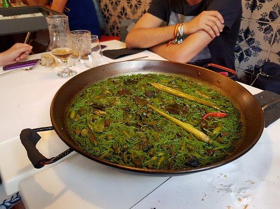 Villalonga, Испания: Fideua taiwanesa con toques asiáticos y plancton_large.jpg