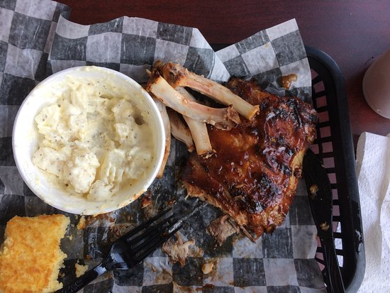 Port Deposit, MD: The ribs were so tender they came clean off the bones! Good sauce, and wonderful cornbread.