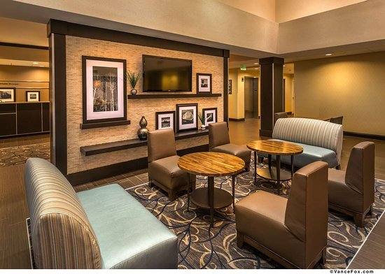 Hampton Inn & Suites Reno : Reception