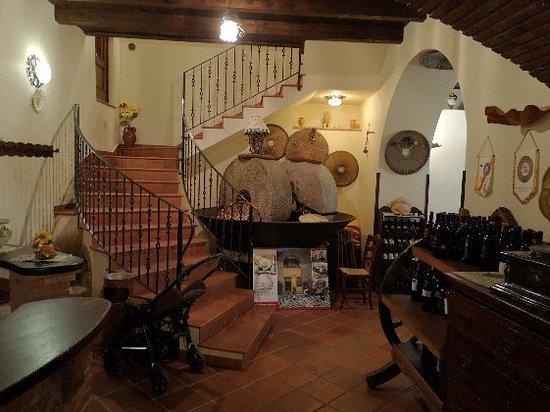 San Marco D'Alunzio, Italie : IMG_20180814_231335_large.jpg