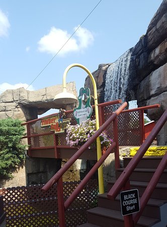 Loved the waterfalls and walkways!