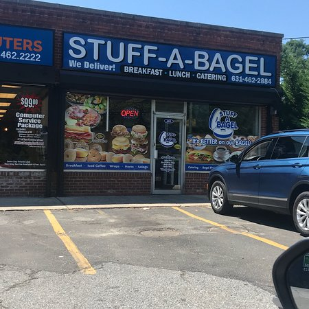 East Northport, NY: Stuff-A-Bagel