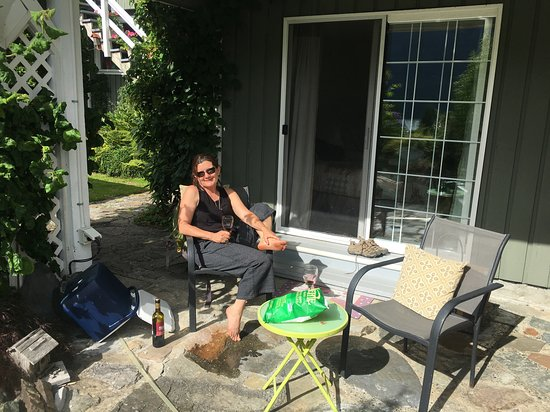 Port Alice, Canada: Enjoying the Rear Patio