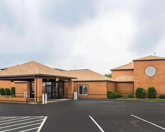 Clarion, Pensilvanya: Hotel exterior