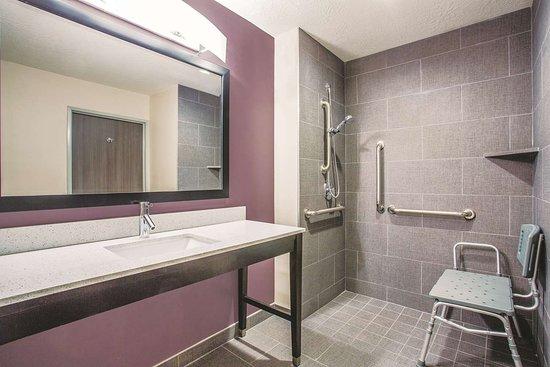 La Verkin, UT: Guest room