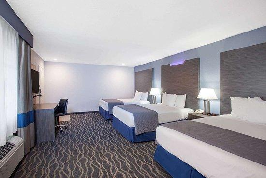 Travelodge Inn Amp Suites By Wyndham Anaheim On Disneyland Dr Au 138 A̶u̶ ̶1̶5̶6̶ 2018 Prices