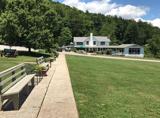 Candler, Carolina del Norte: Picture of the grounds