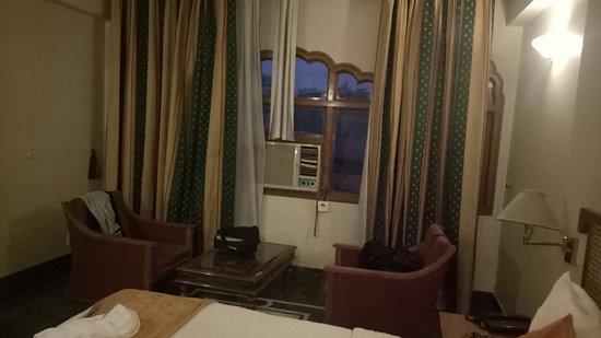 Hotel Raj Vilas Palace: IMG20180814194020_large.jpg