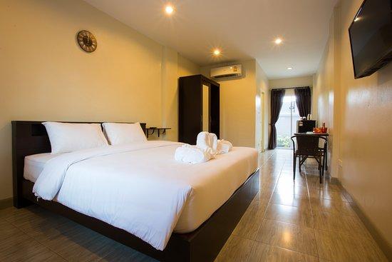 Me Dream Residence: Standard Room  ( Max 2 Adult )
