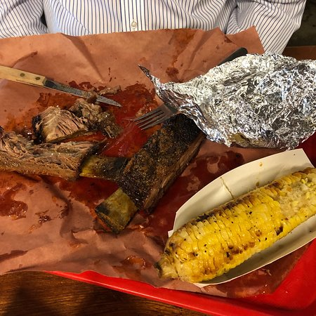 Cooper's Old Time Pit Bar-B-Que: Great stuff!