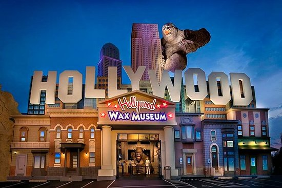 Hollywood Wax Museum Entertainment