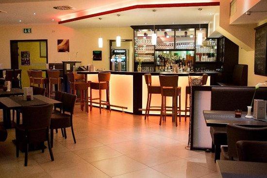 Konigslutter, Jerman: Bar/Lounge