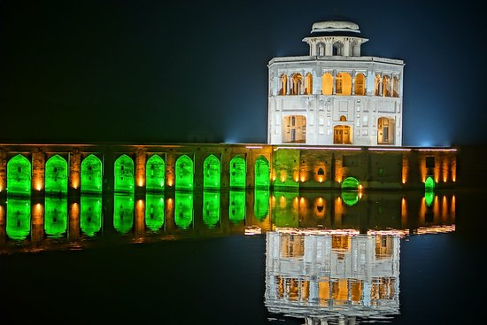 Sheikhupura, Пакистан: Lighting done for independence day celebration