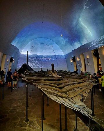 Viking Ship Museum: Vikingskipshuset (palakpakhan @instagram)