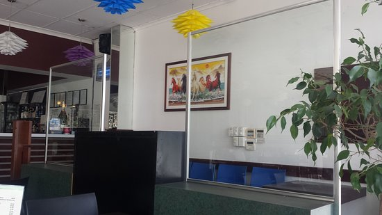 Lido Vietnamese Restaurant: Decor