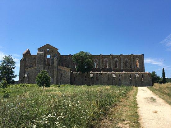 Chiusdino, Italien: Sentiero verso l'eremo