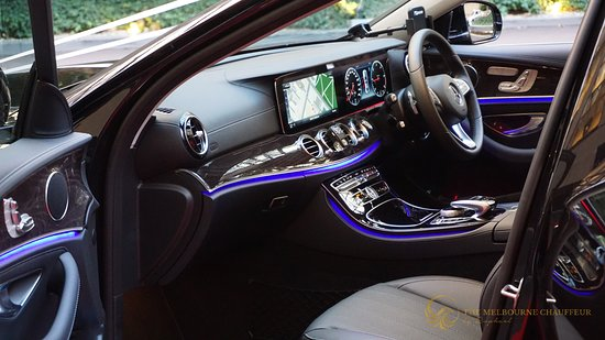 Mercedes Benz Interior >> Mercedes Benz E Class Chauffeur Edition Interior Picture