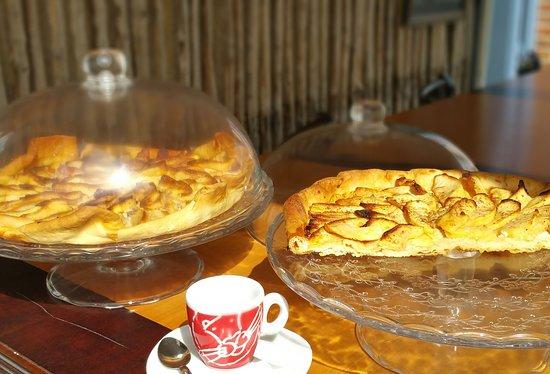 Argent-sur-Sauldre, Γαλλία: Tarte aux pommes totalement maison...