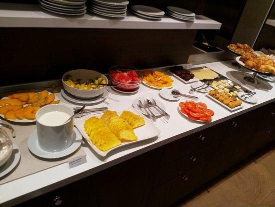 Hotel Genius Downtown : Breakfast