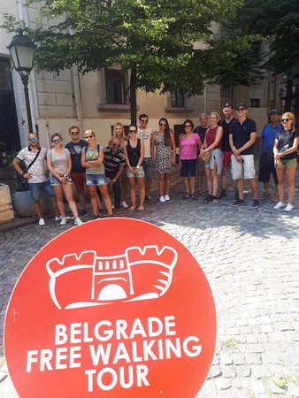 Belgrade Free Walking Tour: Ivan is so careful, he will always find shadow for you and protect you with our sign :)