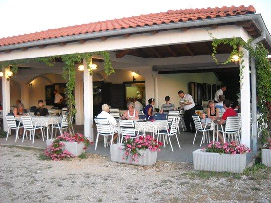 Martinscica, Kroasia: Si può ammirare un bellissimo tramonto
