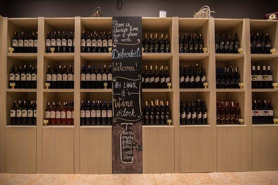 Petrakija Wine & Life