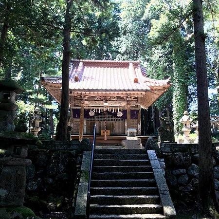 Tottori, Japan: めぬま神社本殿 誰も来ない 誰も来た形跡なし?