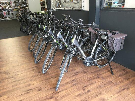 Apeldoorn, Países Bajos: Deze Victoria e-bike's verhuren wij.