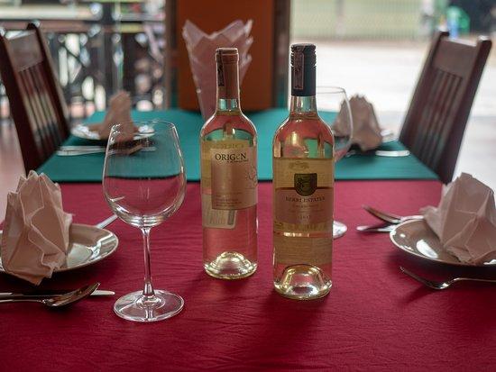 Mèo Vạc, Việt Nam: White Wines
