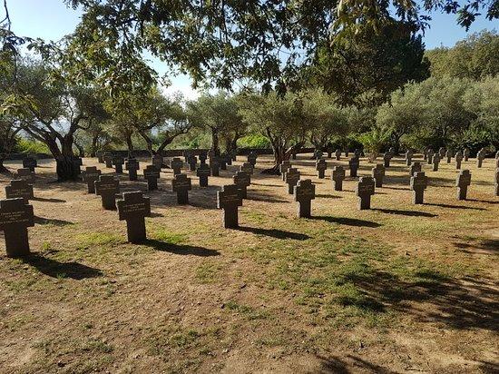 Cuacos de Yuste, İspanya: Cementerio Militar Alemán
