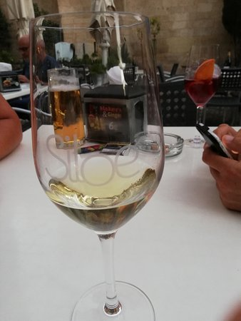 Siloe Bar & Grill : A good wine suggestion