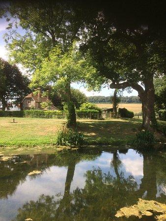 East Meon, UK: Peaceful setting
