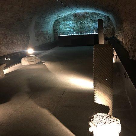 Museo de Cerámica Ruiz de Luna: Museo de la cerámica de Talavera,  y muestran piezas antiguas de varios alfares de la zona. Boni